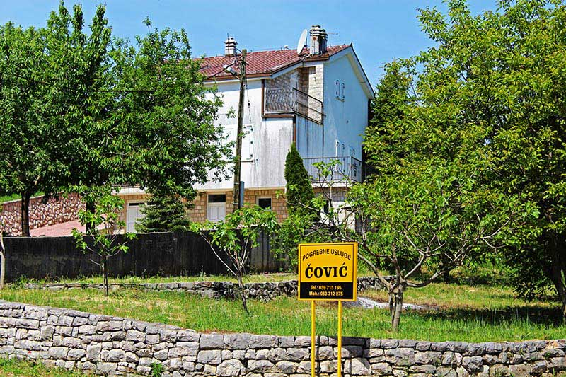 Draganu Čoviću je 1997. godine ovu kuću u Širokom Brijegu poklonio pokojni otac Frano